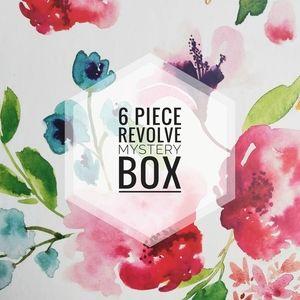 6 piece reseller REVOLVE Mystery box!